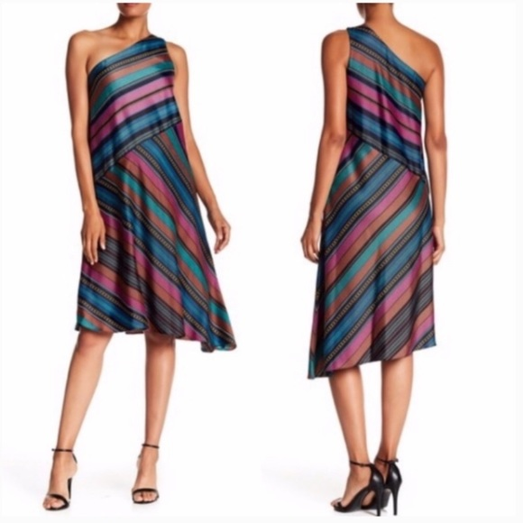 Maggy London Dresses & Skirts - Maggy London one shoulder striped dress